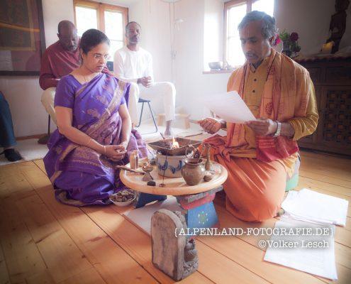 Brahmanische Zeremonie am Mountainfloat © Volker Lesch